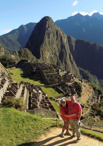 Couple hiking Machu Pichu